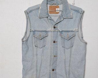 99c7aa8c97180a Vintage 80 s Lev s 2 Pocket Denim Trucker Vest L