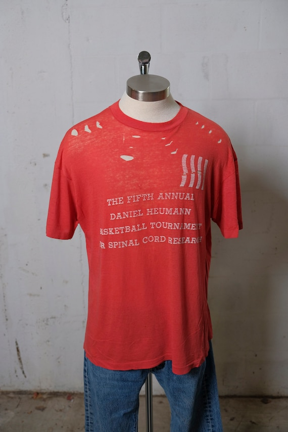 Vintage 80's Daniel Heumann Basketball Tournament Research T Shirt THRASHED! Obliterated! Paper Thin! Beat! L