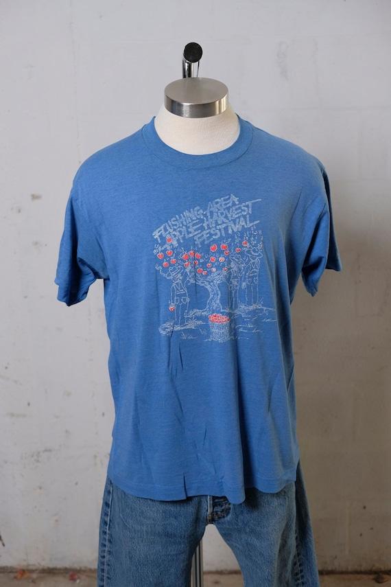 Vintage 80's Flushing NY Area Apple Festival T Shirt Soft! L
