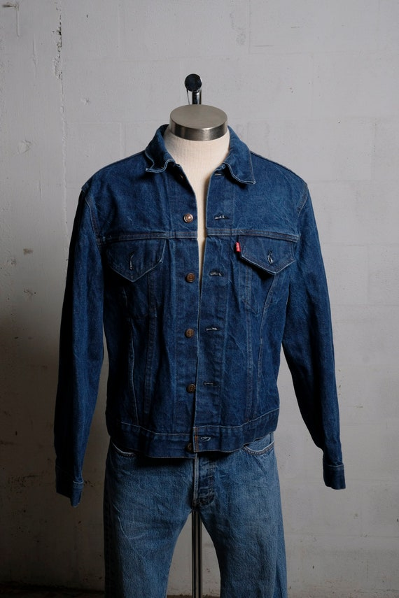 Vintage Early 80's Levi's 2 Pocket Denim Trucker Jacket Made in USA M