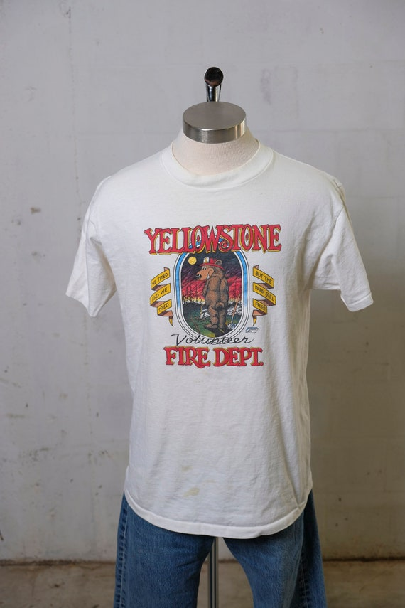 Vintage 80's Yellowstone Volunteer Fire Department Bear T Shirt Humor! Funny! XL