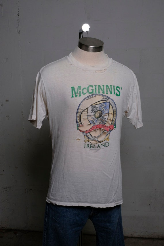 Vintage 1988 McGinnis' Ireland Tourist T Shirt Thrashed! Mangled! Roached! Burnout! L