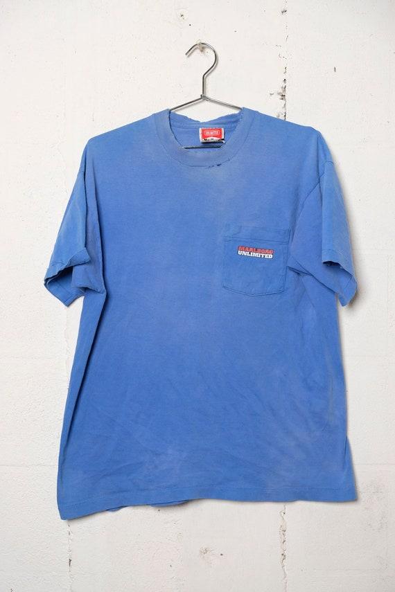 Vintage 90's Marlboro Unlimited Wolf Pocket T Shirt Sun Faded! Thrashed! L