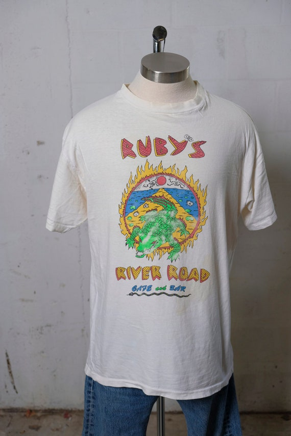 Vintage Ruby's River Road Cafe and Bar T Shirt NYC Rare! Soft! XL