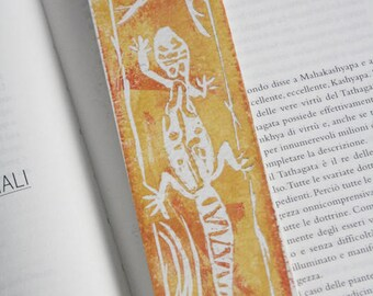 Handmade salamander bookmark with Linoleografica print