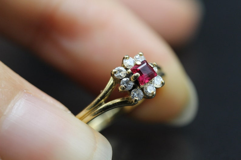 Wedding Ring Fine Jewelry R0525 Vintage Genuine Ruby /& Diamond Cluster 14k Gold Engagement Ring Size 5 14 Vintage Ring