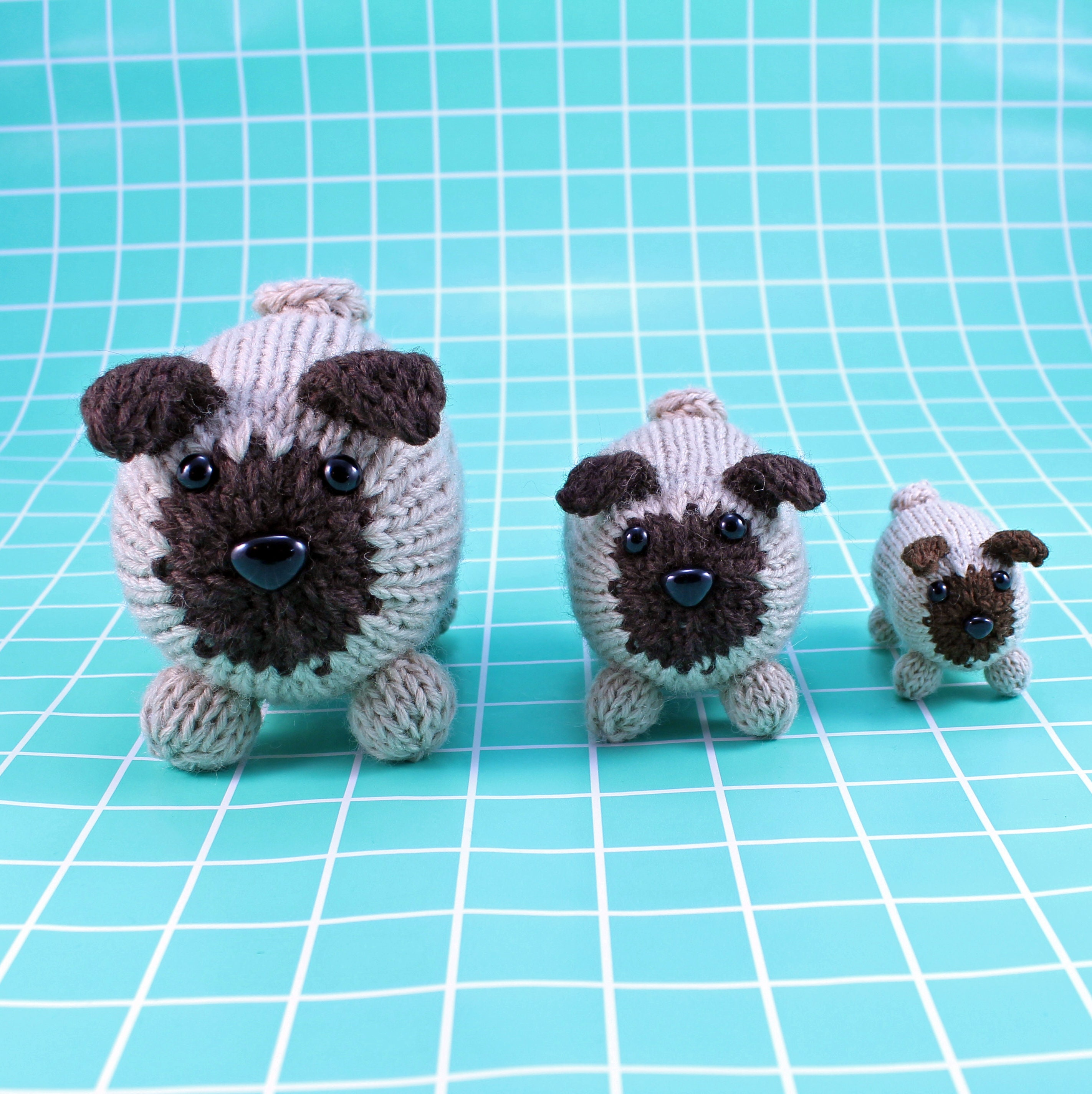 Wicked Chickens Yarn Wickedly Pudgy Pocket Pug Knitting Pattern ...