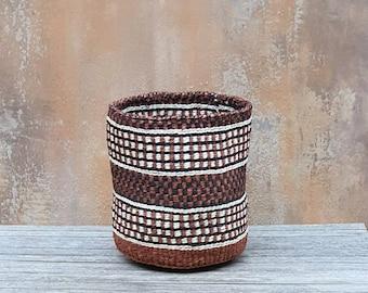 Fine weave brown sisal basket SUBIRI