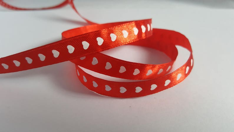 10mm heart satin ribbon