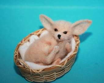 needle felted/ miniature/wool sculpture/ fennec /  fennec fox/ handmade gift