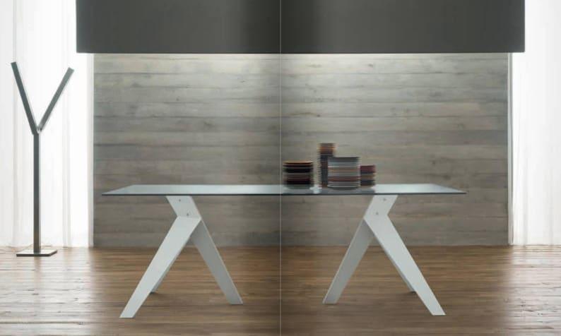 Esszimmer, Tisch, Tisch aus Glas, Rezeption, Holz, wohnen, Küche, Büro,  Couchtisch, Luxusobjekt, Modern, Industrie, design, hergestellt in Italien
