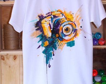 Man's T-shirt. T-shirt with hand-painted. Exclusive clothes. Picture of the camera. Pop Art. Hand-painted on clothes.
