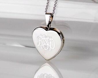 Monogrammed Heart Locket in Sterling Silver 0.925