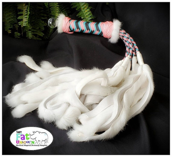 CUSTOM  NATURAL Rabbit flogger