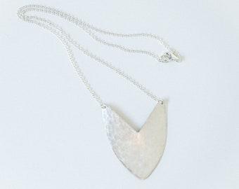 Necklace Silver - Tulip Shield - ENARMOURED