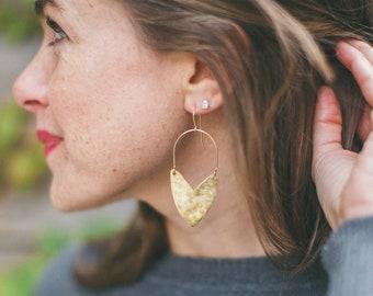 Earring Brass - Tulip Shield Mini - ENARMOURED