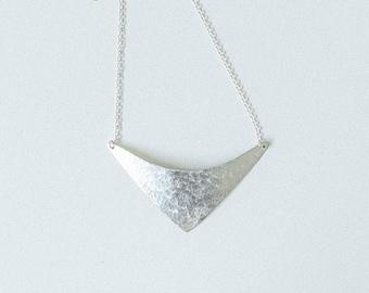 Necklace Silver - Shield - ENARMOURED