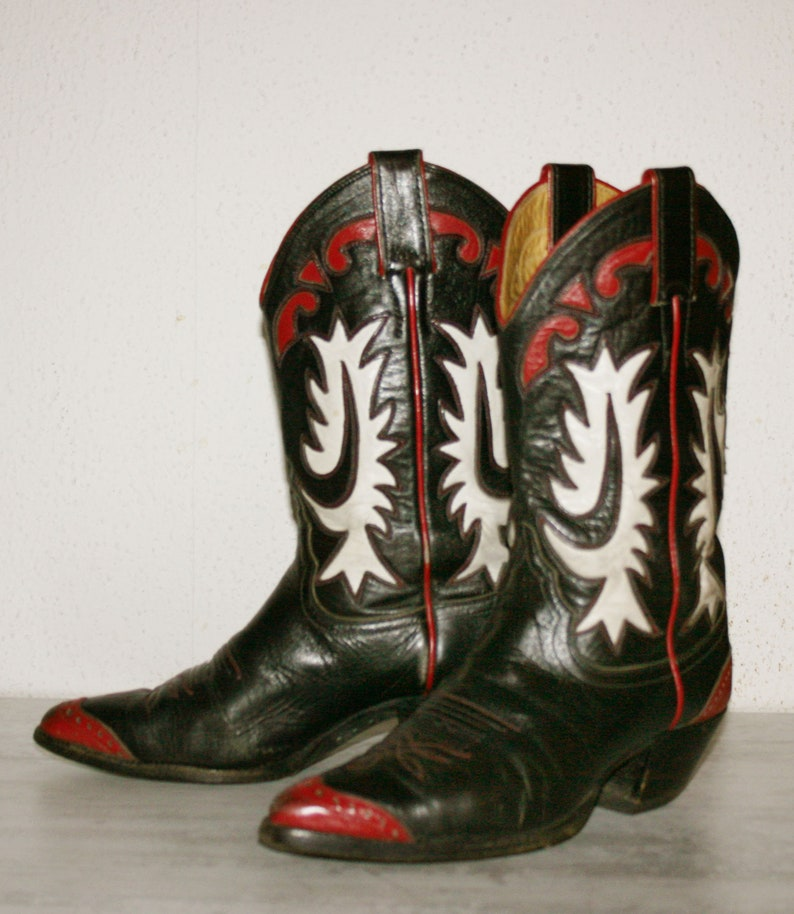 44b7a718ce3 Rare Vintage Women's 6 B JUSTIN BLACK White and Red Leather Cowboy BOOTS/  Western Cowgirl/Rodeo/Country woman/cowgirl boots/