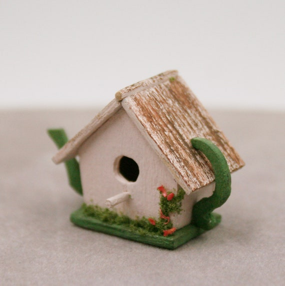 Dolls House Miniature Green Cottage Birdhouse Decorative Miniature
