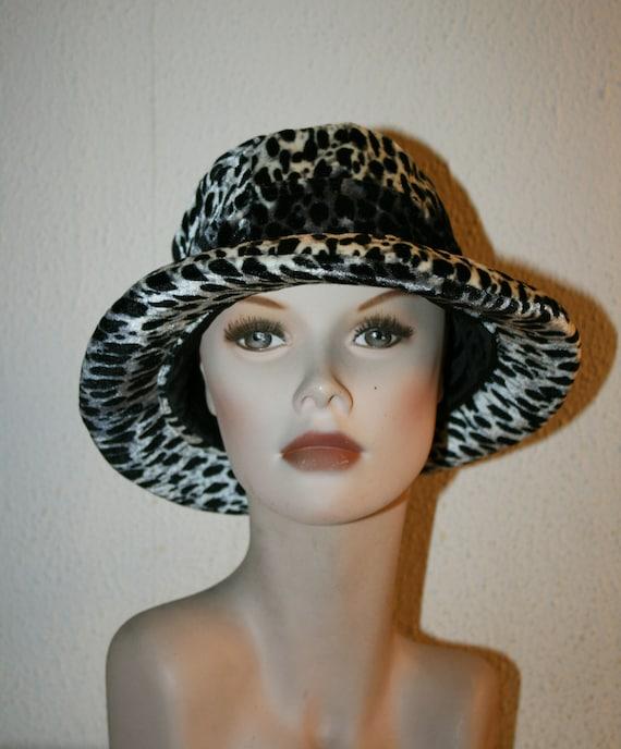 Animal print hat, thermal  Hat, vintage hat, hat,