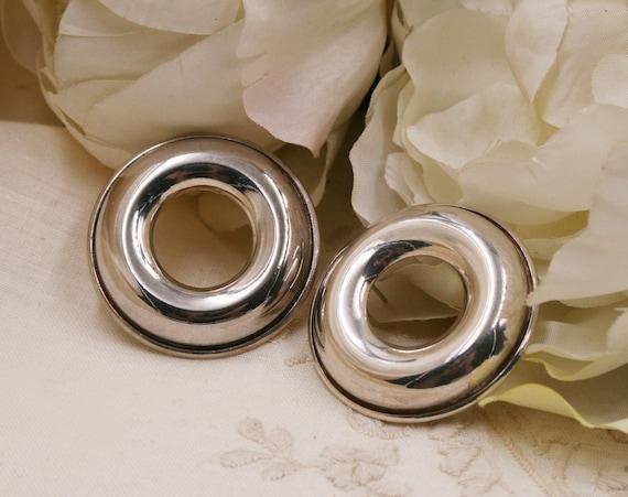 Italian Silver Round  EARRINGS/ hole earrings /Dai