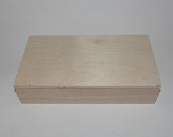 Rectangular box in beech wood cm 36x19x7