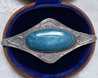 Periods & Styles Useful Vintage Antique Arts & Crafts Celtic Pewter Brooch Blue Green Ruskin Cabochon High Quality Materials