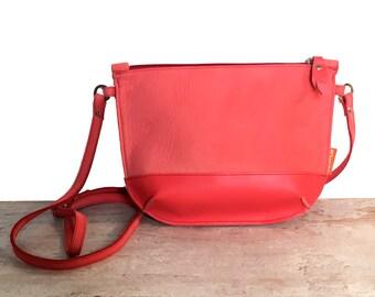 Shoulder bag, shoulderbag, small shoulder bag, leather shoulder bag, red bag, red leather shoulder bag, red shoulderbag, red leather bag,