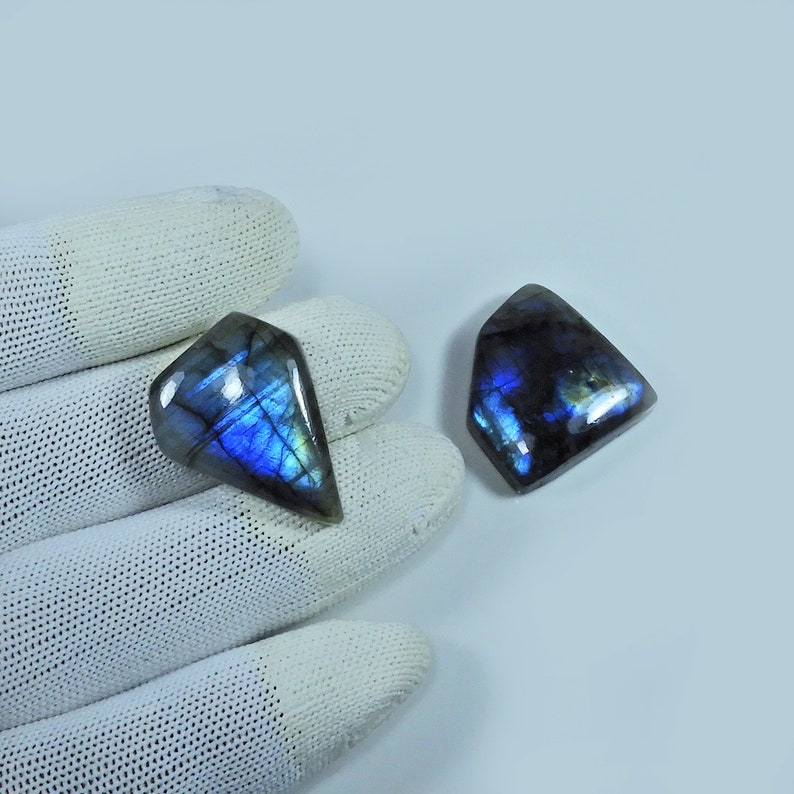 Polished Labradorite loose stone for Silver jewelry 70 Cts Natural Blue Labradorite Gemstone Wholesale Labradorite Cabochon BL-01 2 Pcs