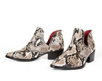 d7dd3f7c0f2 Carmen Women s Natural Python Boot