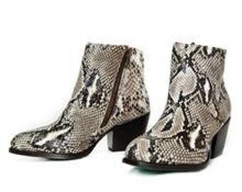40ddd1af1b3 Elia Women s Natural Python Boot