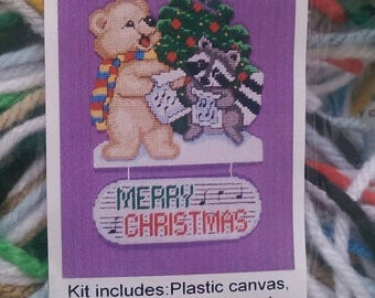 Design Works Caroling Animals Plastic Canvas Wallhanging Kit Merry Xmas 1637
