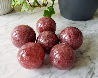 Strawberry Quartz Crystal Ball   Small Polished Pink Red Sphere   Divination Crystals for Love   Reiki Healing Tools