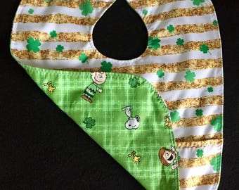 Shamrock St Patrick's Day waterproof baby bib with front pocket and snaps