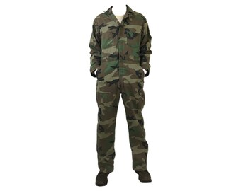 1c343550368f Vintage 70 s US Army Mechanic Woodland Coverall Jumpsuit Made in USA (VO-1)
