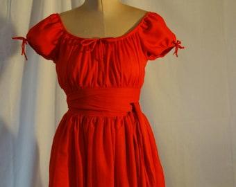JUDY: Red summer-dress
