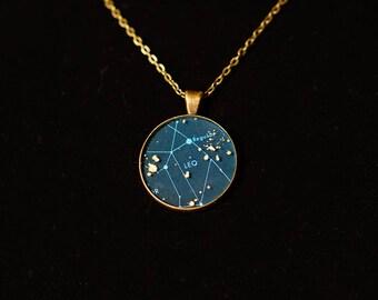 Leo Zodiac Pendant w 30inch chain