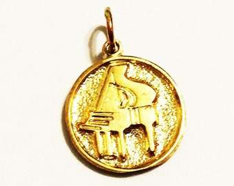 """10k solid yellow gold PIANO charm pendant 0.75/""""inch"""