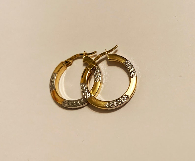 square cut engraved hoop earrings 0.75 14k solid two tone gold