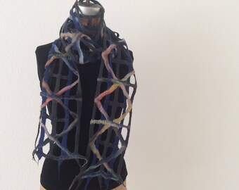 Crossing Lines narrow scarf