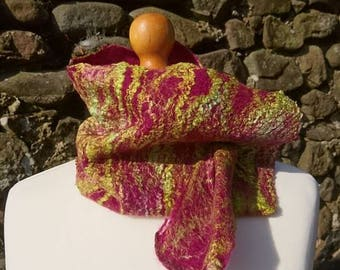 Handmade felt scarf, neck warmer made from merino wool and silk. Mulberry and green.
