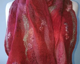 Handmade Nuno felt scarf, merino wool and silk. MADE TO ORDER. Red and mulberry colours. Light soft and warm. Wedding.