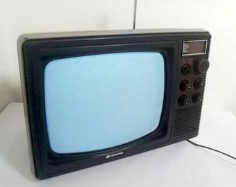 Vintage Portable Television/ Standard Tv/ Hitachi Tv/ Portable TV Set From Singapur/ Tv & Radio Receiver/ Black Tv/ 80s