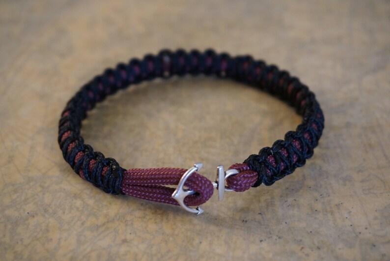 Skullz Survival Paracord Outdoor Women/'s Survival Bracelet-Purple Camo /& Black
