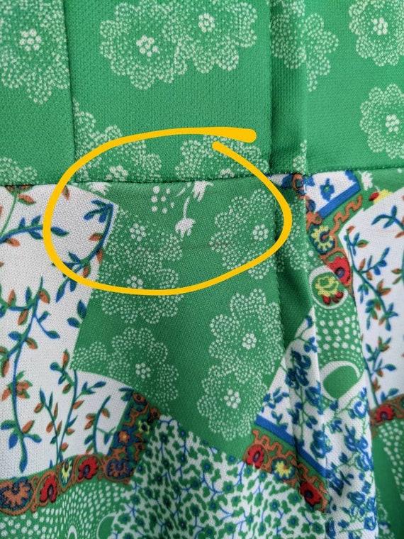 1960s/1970s Green Patchwork Mini Dress | Floral P… - image 7