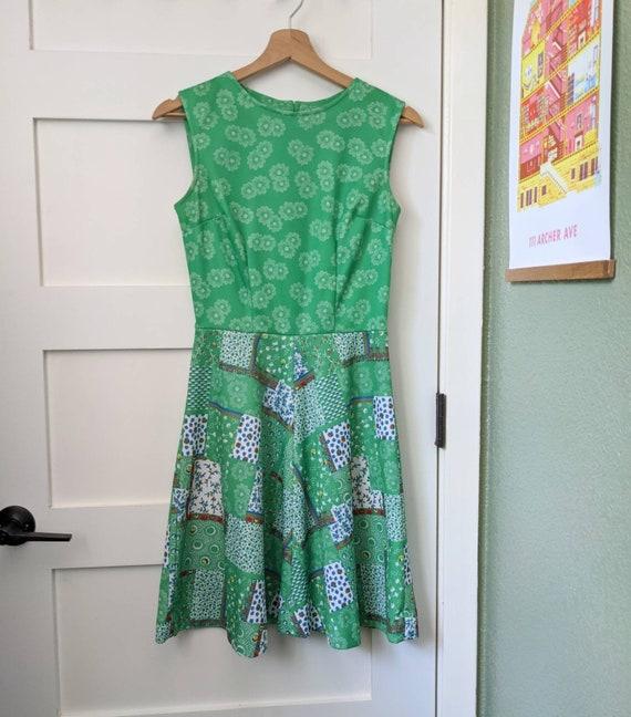1960s/1970s Green Patchwork Mini Dress | Floral P… - image 5