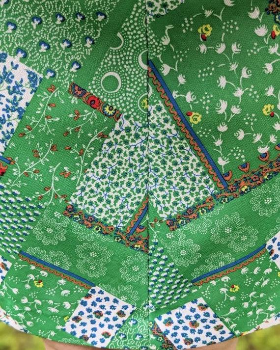 1960s/1970s Green Patchwork Mini Dress | Floral P… - image 6