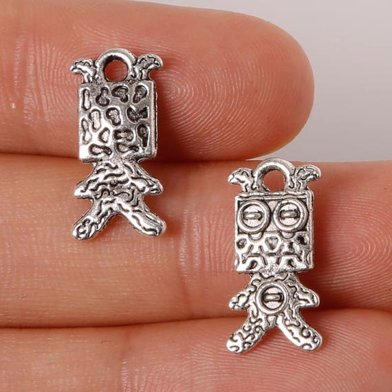 4 Antique Silver Colour 21 x 20 x 14mm Cute Sitting Pet DOG 3D Charms