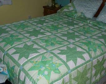 Green 8pt Star Quilt