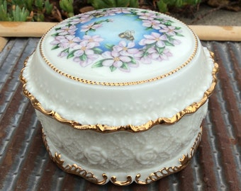 The Heritage House Porcelain Vintage Music Box Let me call you sweetheart Bee Trinket box with lid Bees and Flowets